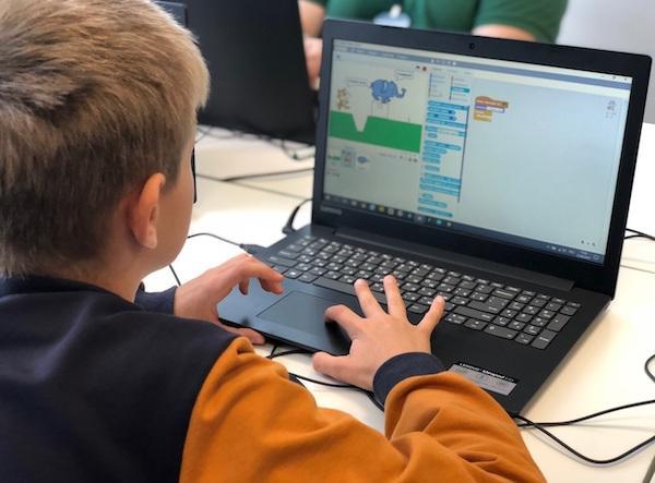 Онлайн школа и лагерь Пиксель